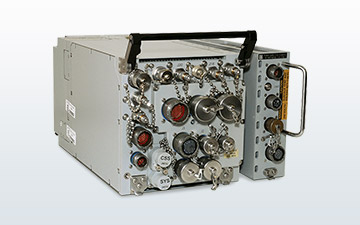 Product image of the MIDS JTRS programmable radio